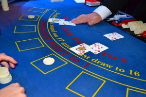 Blackjack Double Down: what is it and when can I do it?
